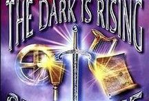 Fantasy / Check out the fantasy books in our library.