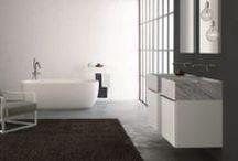 TOSCOQUATTRO /  El sueño de un baño  moderno. TOSCOQUATTRO fundada en 1979 (Prato-Italia) fabrica muebles , accesorios, bañeras, lavabos, griferías, espejos e iluminación para ambientes de baño y desde su inicio se coloca entre las empresas líderes del sector, donde su marca es reconocida y apreciada.