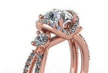 Wedding jewellery / Rings, necklaces and wedding jewellery