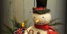 Primitive Christmas Dolls / Christmas Primitives Dolls Santa Frosty Snowmen Crows and Wreaths