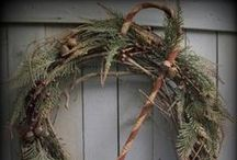 Primitive Christmas Wreaths and Hangers / Wreaths Etc.