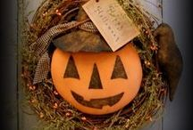 Halloween Wreaths / Primitive Halloween Wreaths