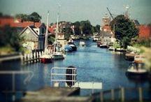 Workum, de stad / Workum, 1 van de 11, met het mooiste plein van Fryslân, gezellig, bruisend en voor elk wils!