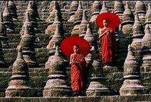 Pictures of Buddhist monks and nuns