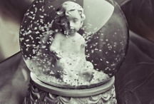 ::SNOW GLOBES:: / by Isabel ♡.-