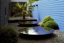 Water  / Water features - Wasser im Garten. Refereshing, cooling, reflecting, calming.