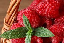 Berries Ripen One's Life / Raspberries, blueberries, blackberries, strawberries . . .  Can't get enough of their rich variety.
