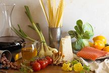Mediterranean Diet / Eat healthy, eat wise!  The Mediterranean diet for those who want to keep the taste in food!