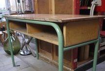 Industrieel brocante / Stoere oude brocante meubelen en accessoires met een industrieel karakter. Metaal, staal, hout en glas. Kasten, tafels, bureaus, lampen, krukjes etc. Allemaal te vinden op www.grijsengroen.nl