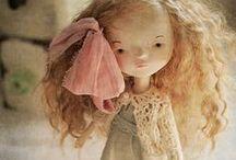 Arts Dolls & Teddy bear / Véritable Art pas assez reconnu en France, et pourtant quel travail de malade! Bravo aux artistes! Tendres souvenirs d'enfance...
