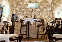 Klassz / Klassz is exactly what one would suspect, a classy, top-notch culinary experience located on Andrassy ut, the heart of upscale Budapest. http://www.urbanhypsteria.com/klassz/