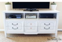 Home Furniture DIY Projects / Make your home more interesting by following these great DIY projects.