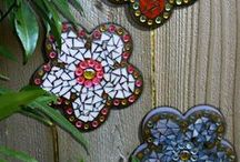 Mosaic and craft board / Mosaic, beads, gardening