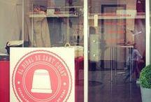 El taller / Imagenes de la tienda El Didal y alrededores, de sus dos modistas y de su dia a dia :)
