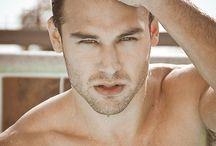 Ryan Guzman / (Hot) Actor and model.