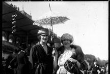 Fashion at the Parisian races c. 1910-1920 / picture...