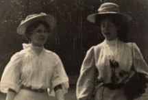 The Edwardian Sartorialist c. 1905-1908 / picture