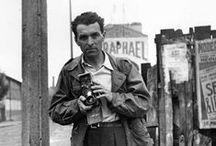 Robert Doisneau • photography / Robert Doisneau est un des meilleurs photographes que je connaisse, et celui qui m'a fait m'intéresser à la photographie. J'espère un jour m'essayer moi-même à cet art, mais en attendant, je continue a m'émerveiller devant les clichés des autres !