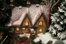 Christmas Villages & Houses