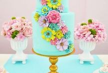 Cake Color Creative / This is a collection of cakes with amazing color and texture. What a great way to lean principles and elements of design. Y-E-S I love cake too. What do you love?