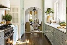 Kitchens / by Lisa Harrison