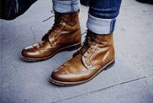 Botines para hombre / Los botines de hombre se reinventan esta temporada. Descubre las últimas tendencias. / by LifeStyle
