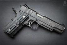 Guns (1911) / Various implementations of my favourite pistol - Colt 1911
