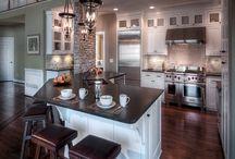 Kitchens galore / by Sara Christine