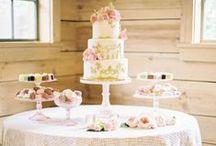 Buffet dei dolci / Un percorso affascinante che scopre l'universo del wedding attraverso un laboratorio di fioristi, un'agenzia di servizi e un'organizzazione di eventi.