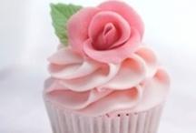 Cupcakes! / by Susan Walker
