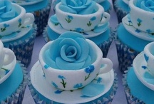 Cupcake toppers / by Imane Daher