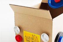 Jugar con Cajas de cartón / Disparar la creatividad a partir de una simple caja de cartón es una actividad mágica para los niños / by Rejuega