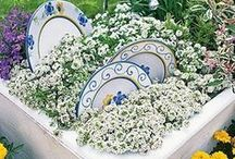 Garden Decor Ideas and Projects / Cool ideas for decorating the home and garden. Why didn't we think of these?