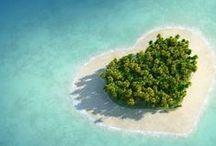 Paradise Islands / We all dream that, at least once in our lives, to reach into one of the distant tropical paradises. Haisitu.ro is there for you to help you fulfill those dreams. -- Visăm cu toții ca, măcar o dată în viață, să ajungem într-unul dintre îndepartatele paradisuri tropicale.  Haisitu.ro este alături de tine pentru îndeplinirea acestor vise.  www.haisitu.ro #haisitu #paradise #island