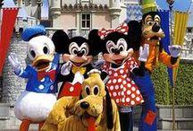 Disneyland / Kingdom of magic and fun. -- Ținutul magiei și al distracției.  https://www.haisitu.ro/oferte-disneyland-paris-de452 #haisitu #disneyland #travel