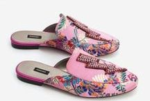 Schuhe | Shoes / Ich liebe Schuhe... und da mein Schuhschrank schon überquillt, sammele ich auch hier wunderschöne Schuhe.   Schuhe, Shoes, Sandalen, Pumps, High Heels, Loafer, Sneaker, Slipper, Boots, Stiefelletten, Steifel.
