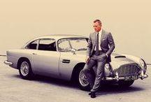 Bond, James Bond / 007
