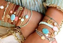 Life: Pretty Things / Lots of pretty things from style to accessories.