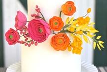 Weddings: Cakes / by Dana Dunphy