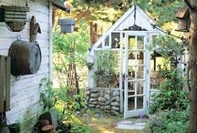 Garden - Structures / by Marjorie Sakelik