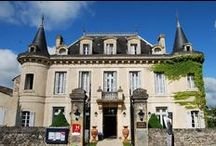 Hotel / 3-star Hotel-Restaurant (17 rooms) with personal service in a comfortable 19th century petit-chateau hotel. Situated on the remparts of Monpazier - Dordogne - France. / Hotel Edward 1er tarafından