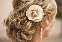 Wedding Hair & Accessories / by Kailey Deal ʚϊɞ