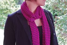 How to wear a scarf or wrap / 'How to', ideas, diagrams and tutorials on ways to tie a scarf or wear a scarf for Summer | for Winter | for Spring | for Autumn