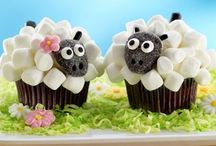 Cupcake Decorating Ideas / Lovely simple ideas for every occasion.