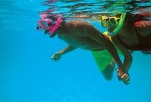 Bahamas / Sol durante o ano inteiro, praias famosas por abrigar as águas mais cristalinas do mundo, luxuosos hotéis e um povo que o receberá de braços abertos. Estas são algumas das atrações do arquipélago das Bahamas. Da capital, Nassau, às pacatas Out Islands, este é um destino que alia o relax ao alto estilo.
