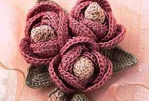Flores crochet / by Fátima Nicolau