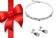 Christmas Gift Ideas / Give the gift of timeless beauty this Christmas.
