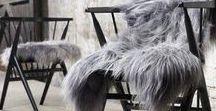Lambskin rugs / Hos Garant har vi masser af lækre skind, hynder og puder der får selv den mest slidte stol til at se trendy og indbydende ud