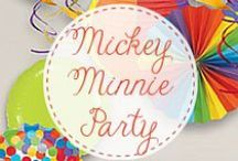 Mickey & Minnie Themed Party Favors / Does your little one love to sing and play along with Mickey or Minnie? Make your Mickey Mouse birthday party the best ever!