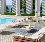 Outdoor sofas / Sofas and modular sofas made to accomodate social and private relaxing moments.